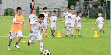 Lớp học bóng đá Bách Khoa