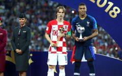 Giải bóng vàng cho Modric huyền diệu