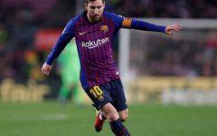 Messi và Ibrahimovic được đề cử Puskas của năm